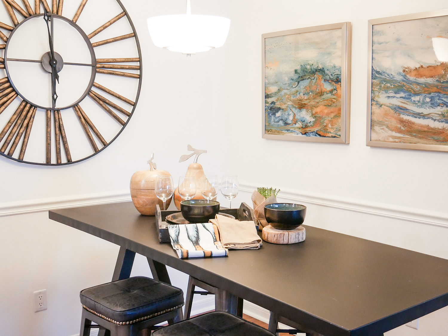 dining table with decor